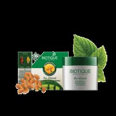 Успокаивающий и питательный крем для глаз Био Миндаль Biotique, 15г