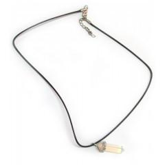Ожерелье с кулоном из камня